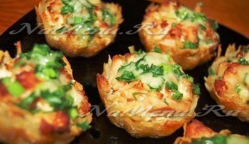 Свинина в корзиночках из картофеля