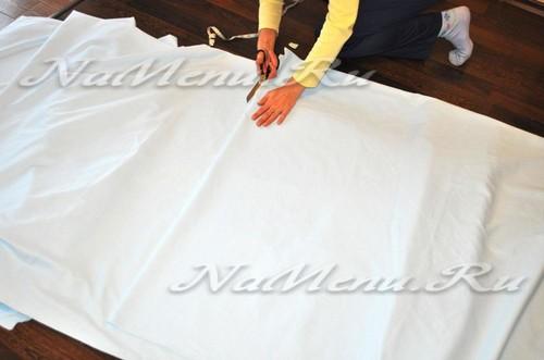 отрезаем необходимый метраж ткани