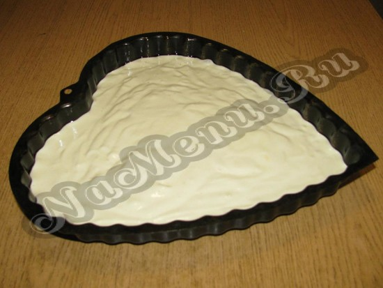 Бисквитное тесто в фигуре