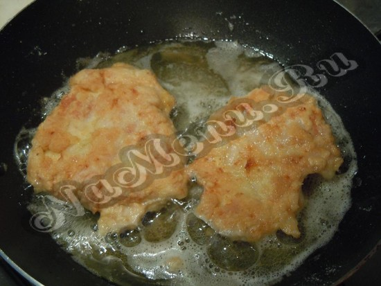 Обжарить филе с 2-ух сторон