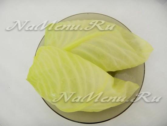 Бланшируем листья капусты