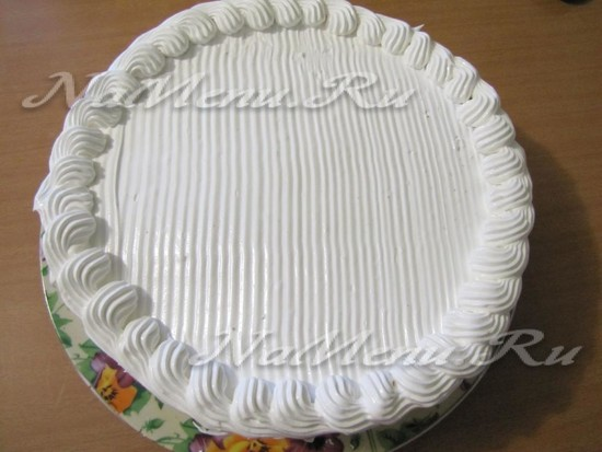 украсить торт сливками