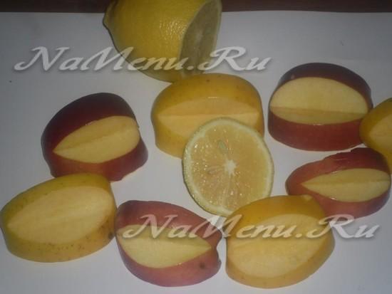 Смазываем апельсиновым соком яблоко
