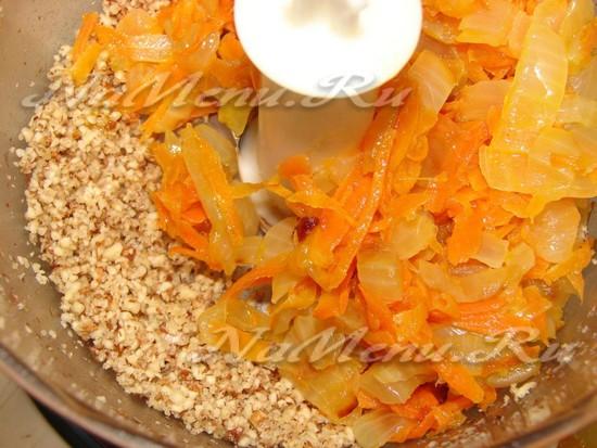 Дополняем чеснок и морковь
