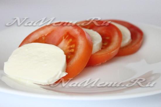 Отдаем салат на тарелку