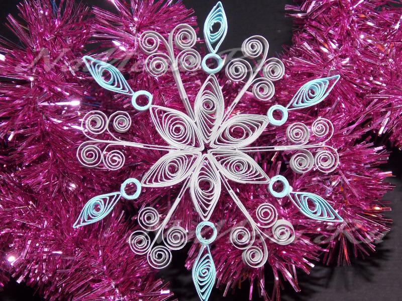 Как сделать новогодние снежинки своими