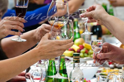 Как пить на новый год меньше