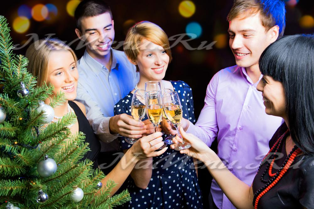 Как гостей развлечь на новый год