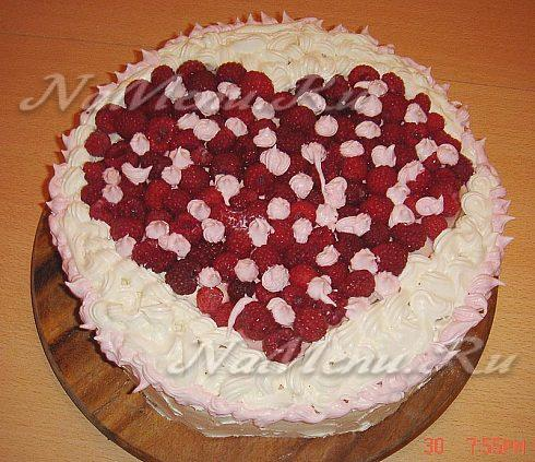 Украшаем торт в домашних