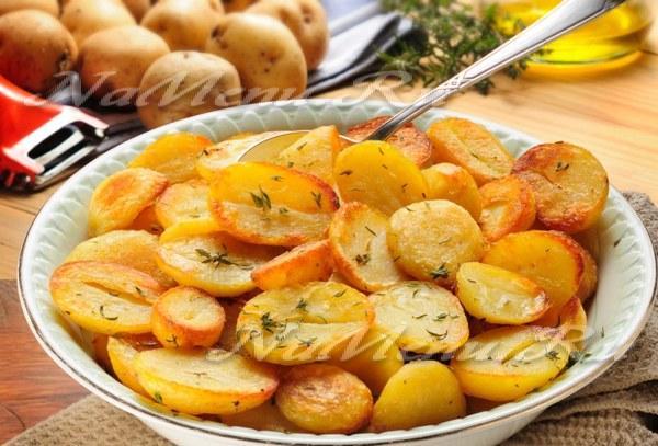 сколько нужно жарить картошку на сковороде по времени