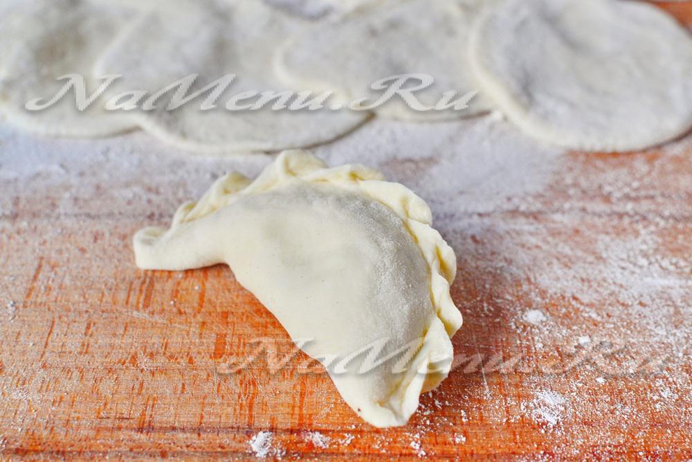 Как сделать тесто что бы не развалились пельмени