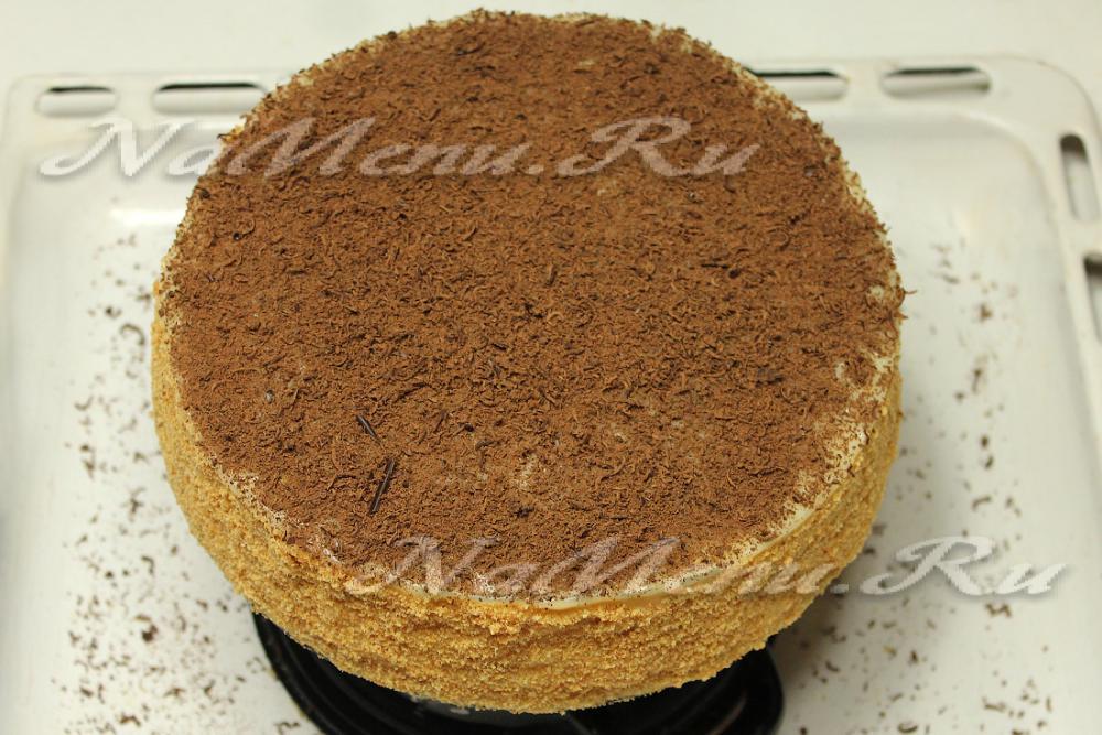 Как сделать торт из песочных коржей