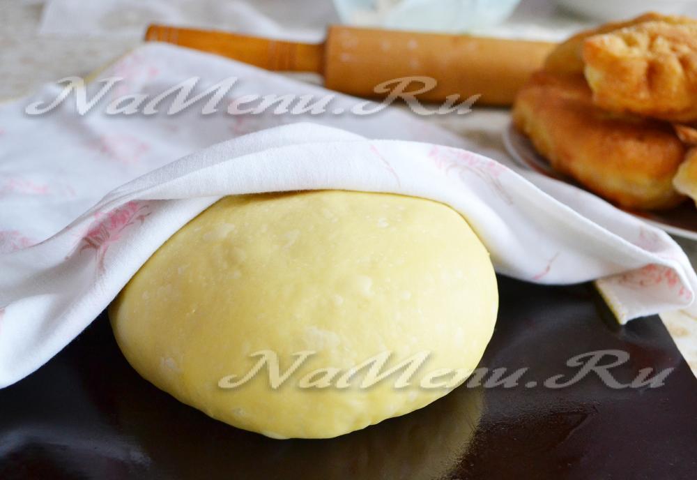 Как приготовить сдобное дрожжевое тесто для пирожков