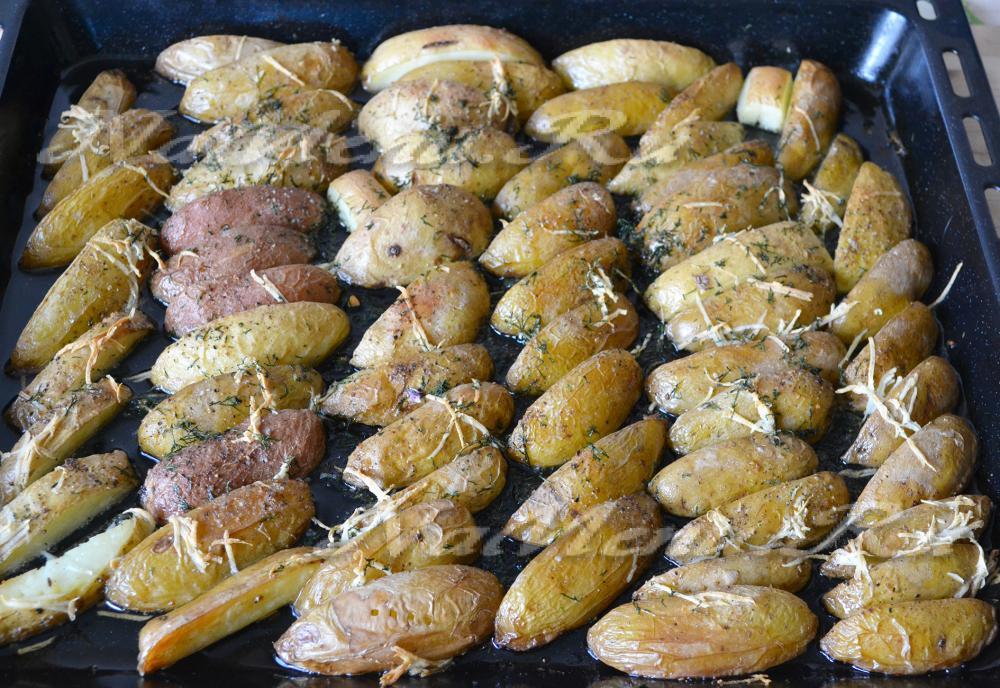 как быстро и вкусно запечь картошку в духовке
