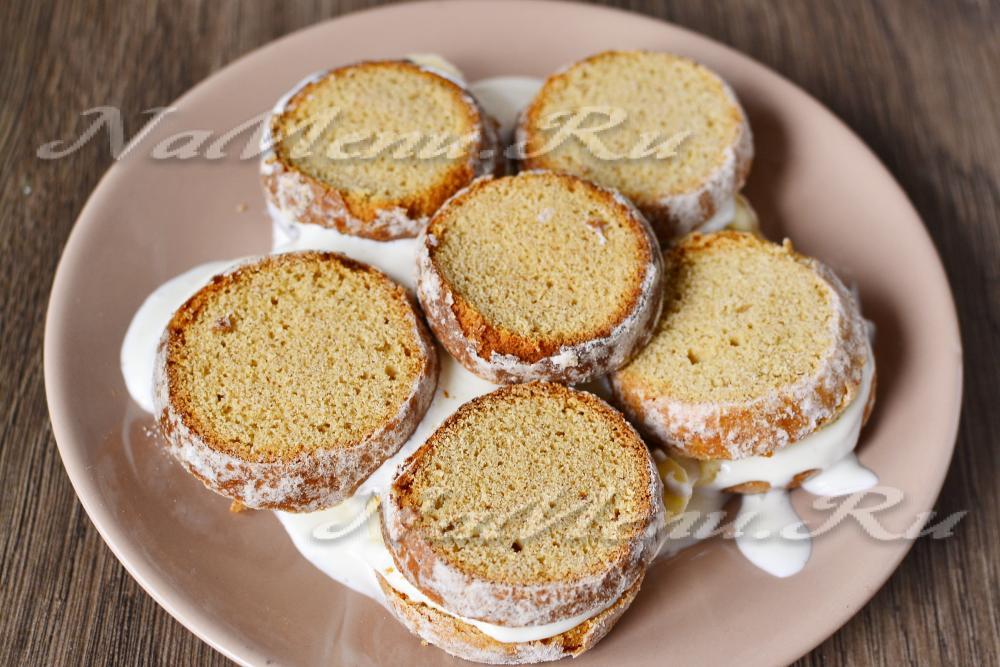 Торт из пряников с бананами и сметаной рецепт с фото пошагово