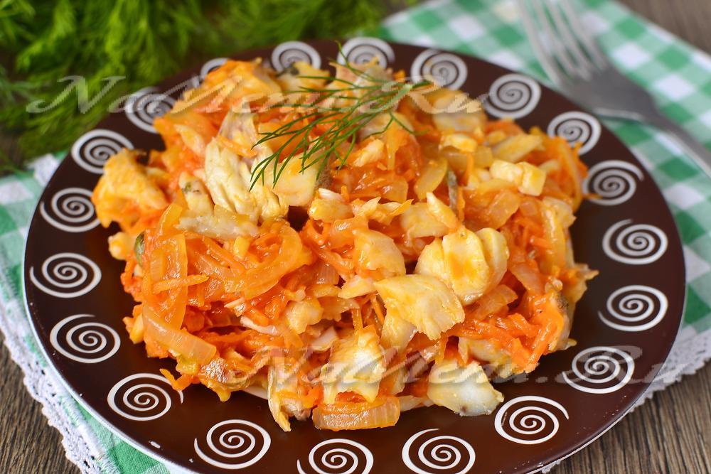 Морковь под маринадом с минтаем