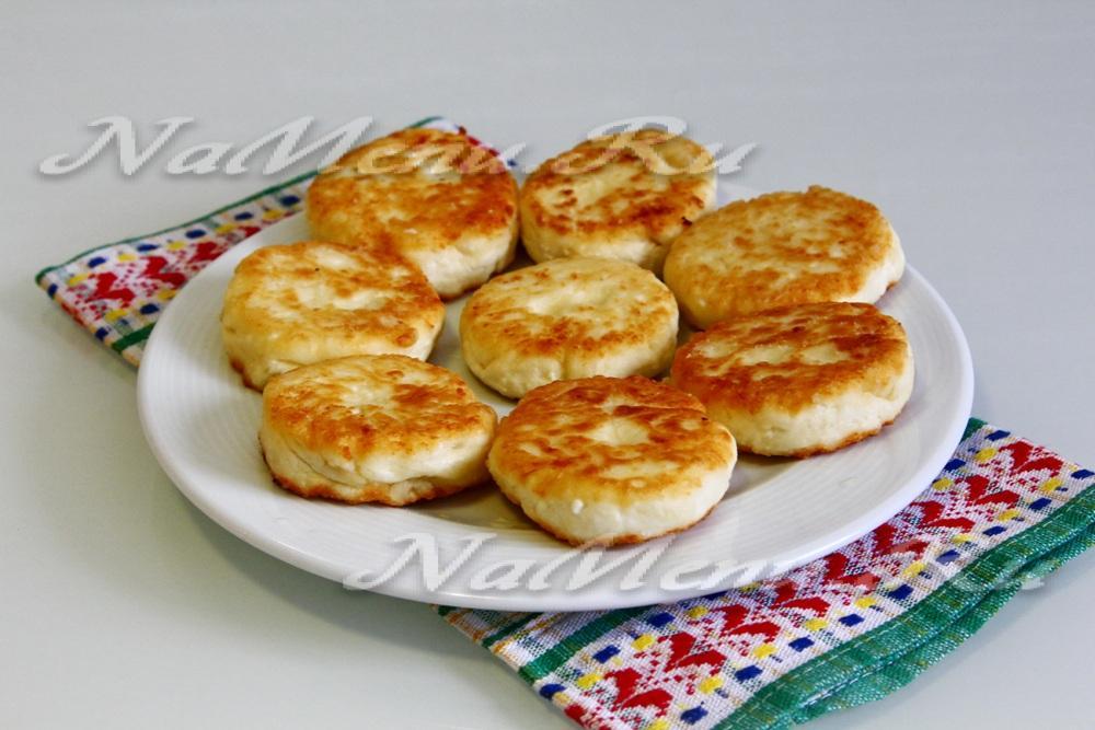 Приготовление сырников из творога рецепт с фото пошагово пышные