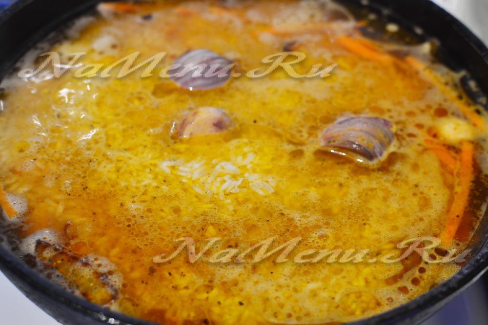 рис рассыпчатый на сковороде рецепт с фото