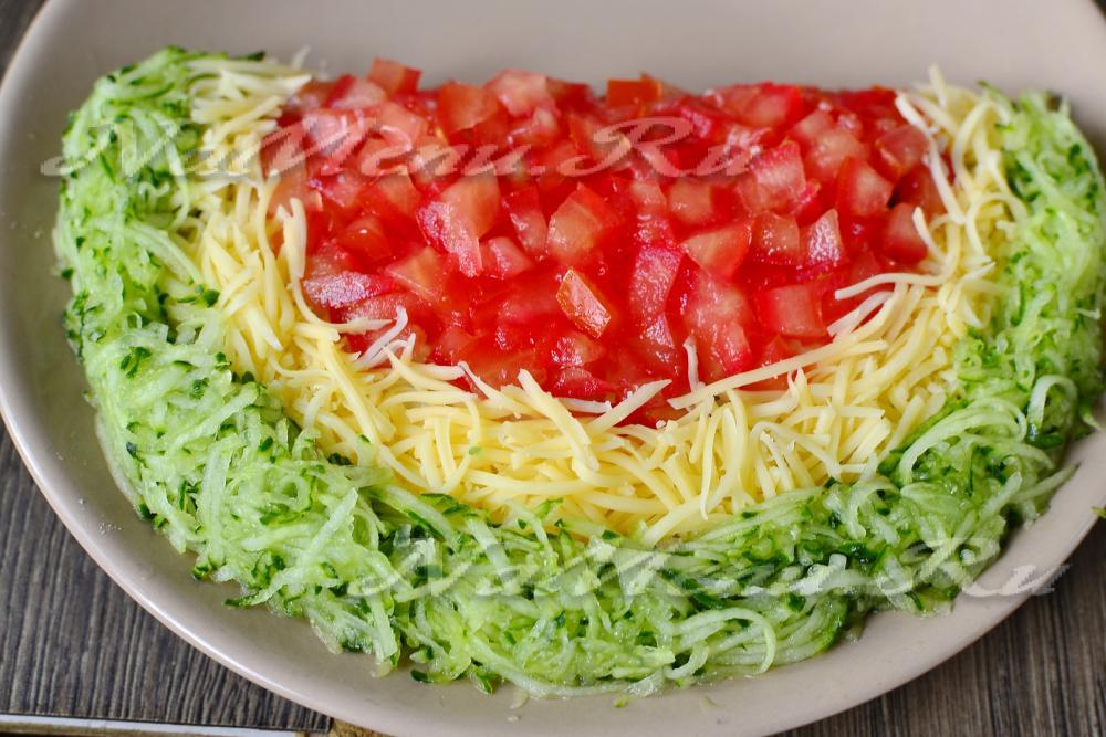 Салат из курицы с ананасами и сыром рецепт с