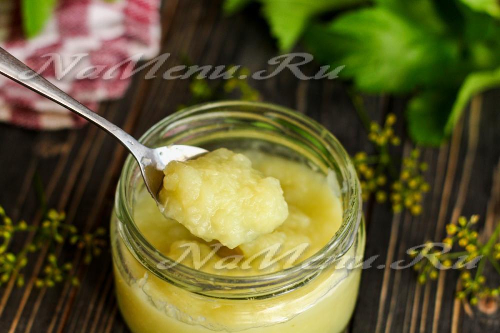 Как приготовить фруктовое пюре для грудничка в домашних условиях