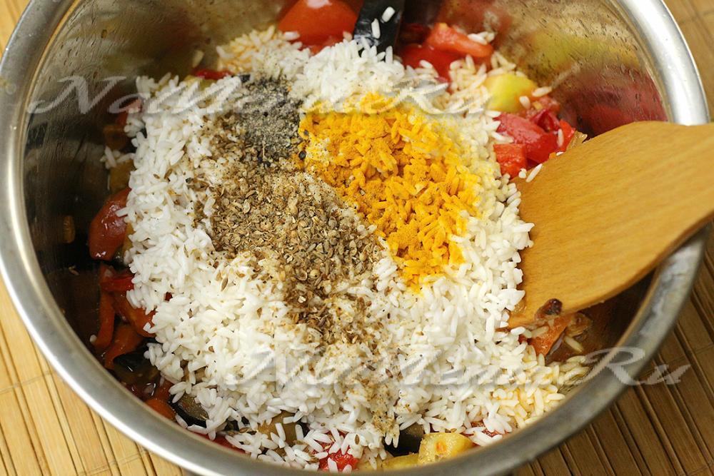 Нужно ли варить рис в плов