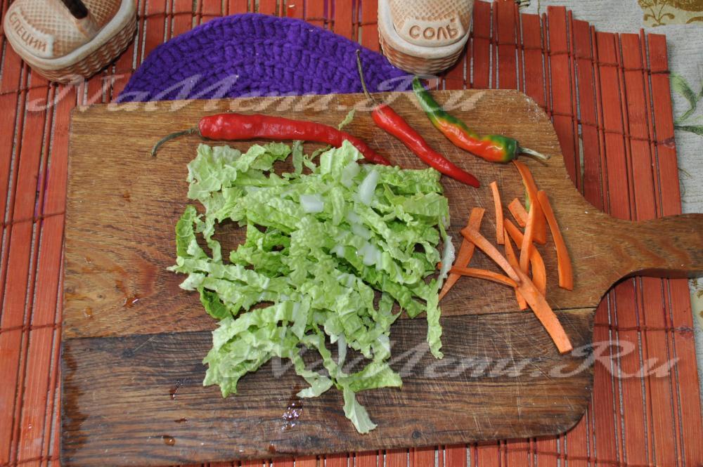рецепт капустного салата с перцем на зиму