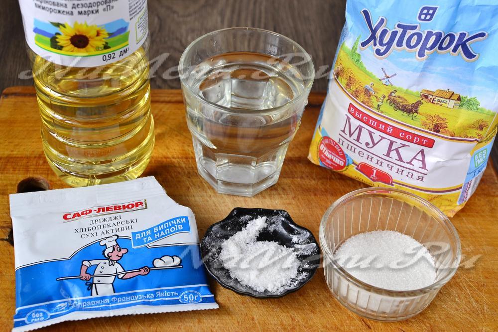 Голень с грибами в сметанном соусе рецепт с фото