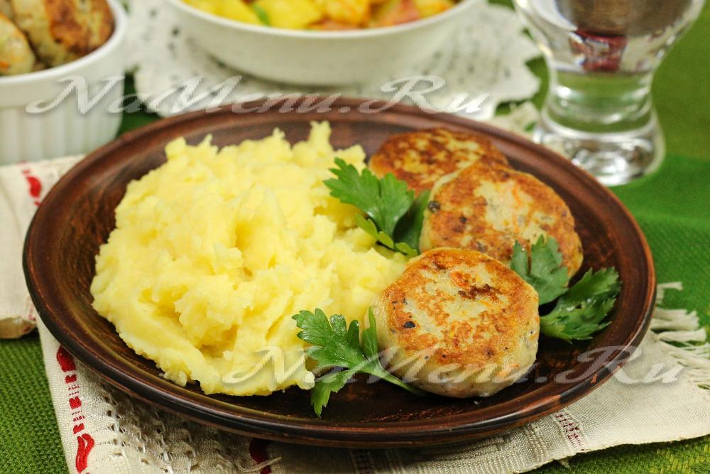 Суп с грибами шампиньонами и лапшой рецепт с фото