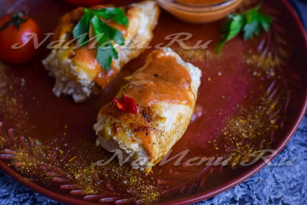 Куриные рулетики в сливочном соусе на сковороде рецепт пошагово