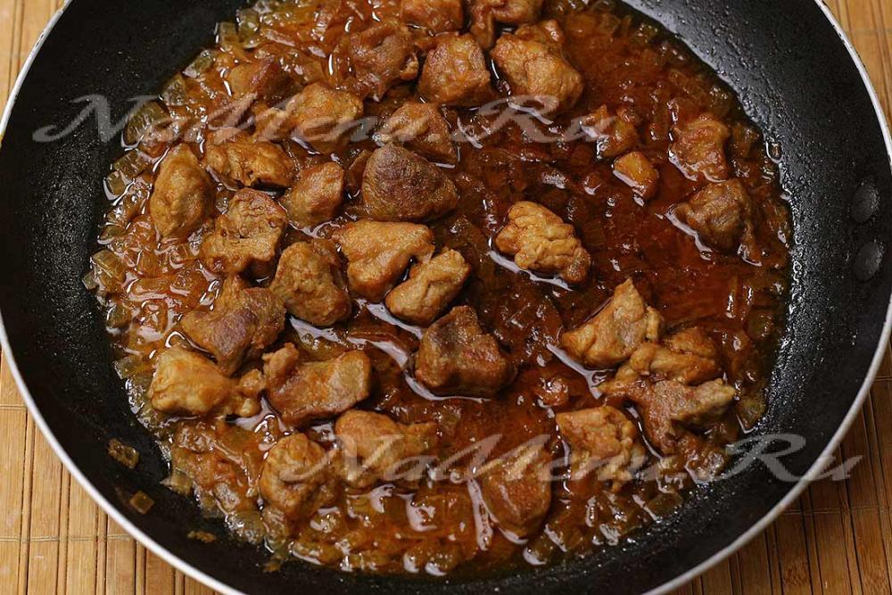 картошка тушеная с мясом на сковороде рецепт с фото