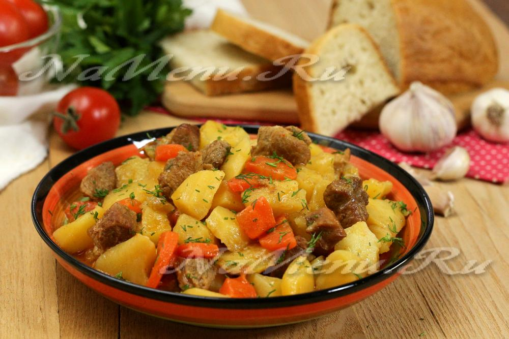 рецепт картошки со свининой в духовке со сметаной