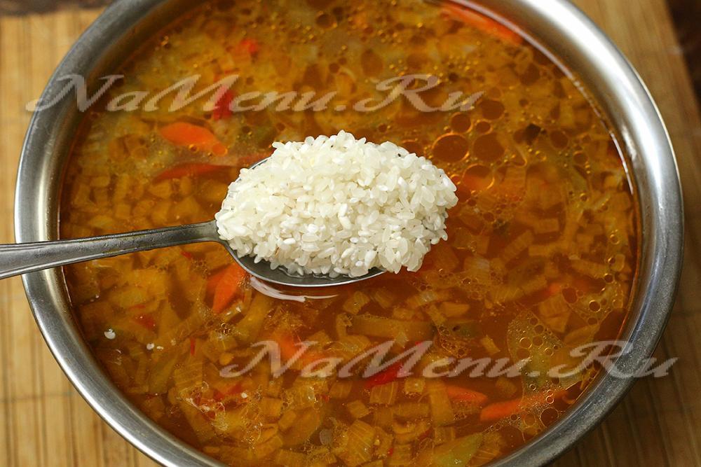 Приготовление рассольника с рисом пошаговый рецепт с
