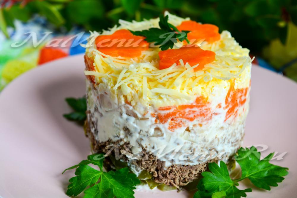 Рецепты салатов с куриной печенью и солеными огурцами рецепт с