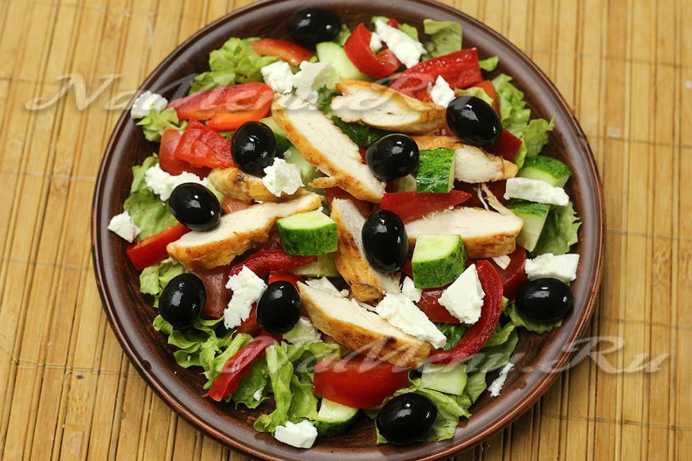 салат греческий с курицей классический простой рецепт