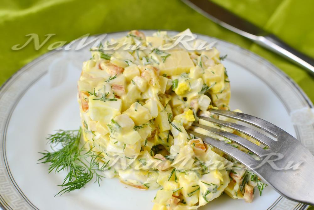 Салат с кальмарами рецепт с яйцами и