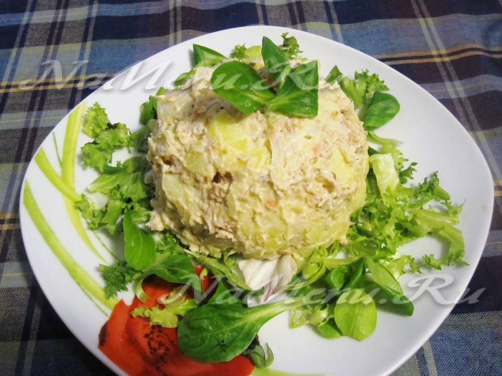 рецепт салата с тунцом консервированным слоями