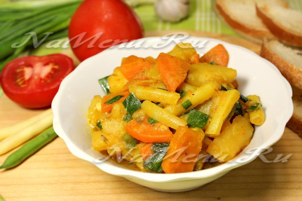 Рецепт салата из ананаса и копченой курицы и яйца