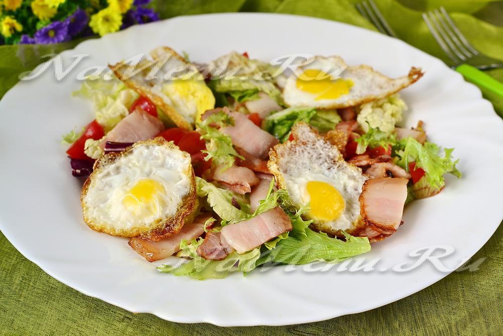 Рецепт салата с перепелиными яйцами и курицей фото