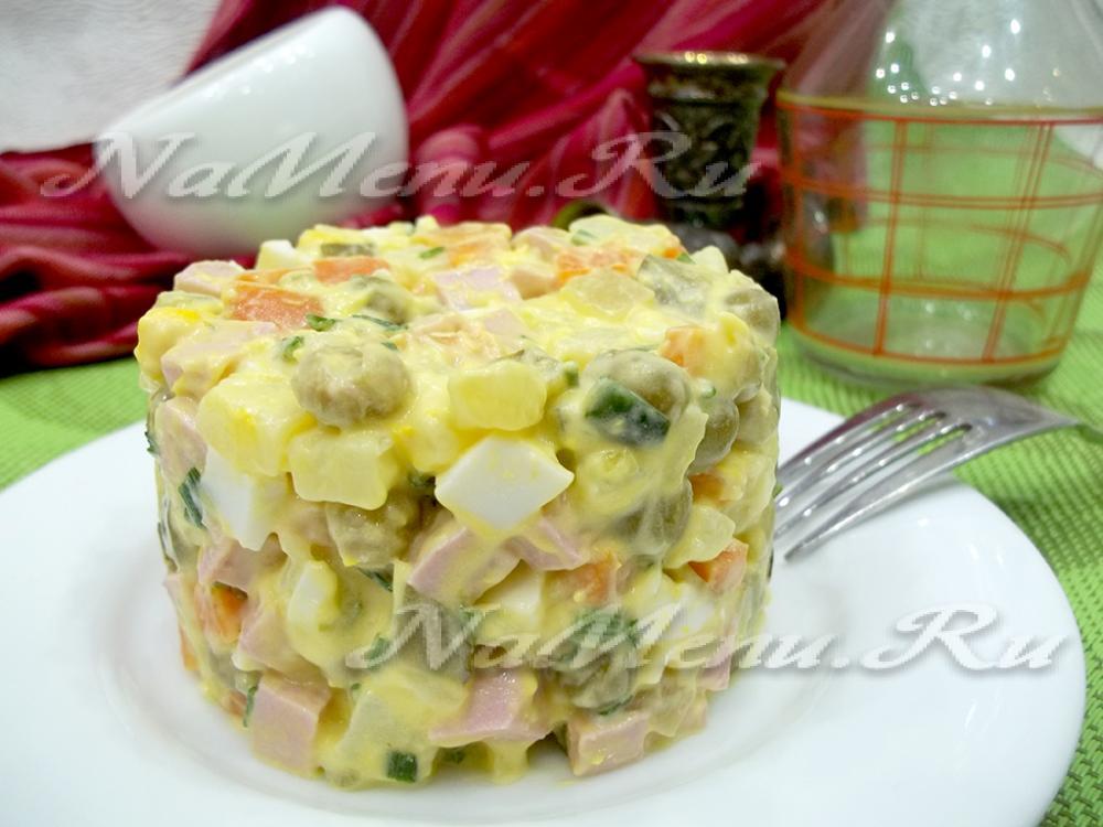 салат зимний рецепт классический с колбасой и фото