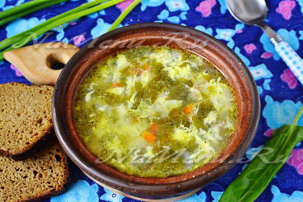 Щавельный суп с яйцом фото