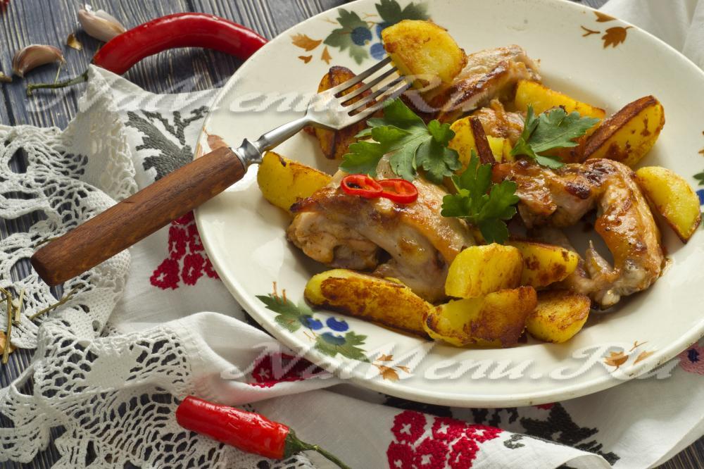 жареные крылышки с картошкой в духовке рецепт