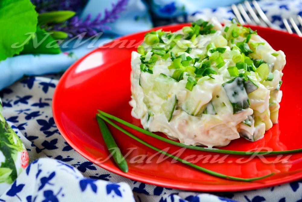 Легкий салат из кальмаров рецепт с