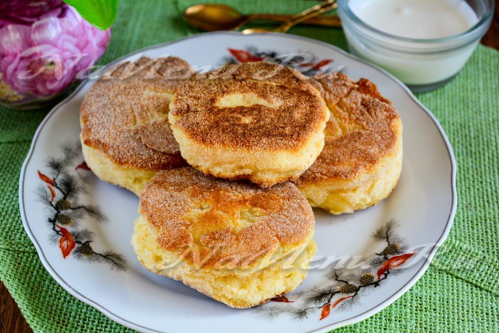 сырники из творога с манкой рецепт с фото пошагово пышные на сковороде