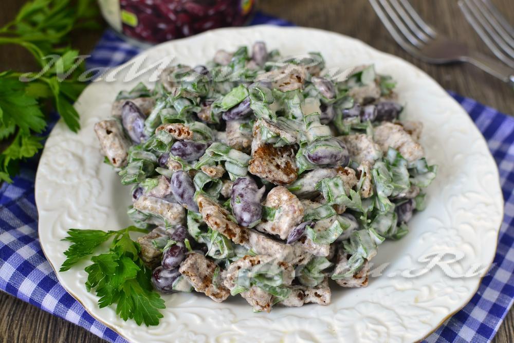 Салат из красной фасоли и сухариков рецепт очень вкусный