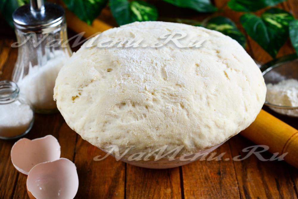 пирожки в духовке из сухих дрожжей рецепт с фото пошагово в