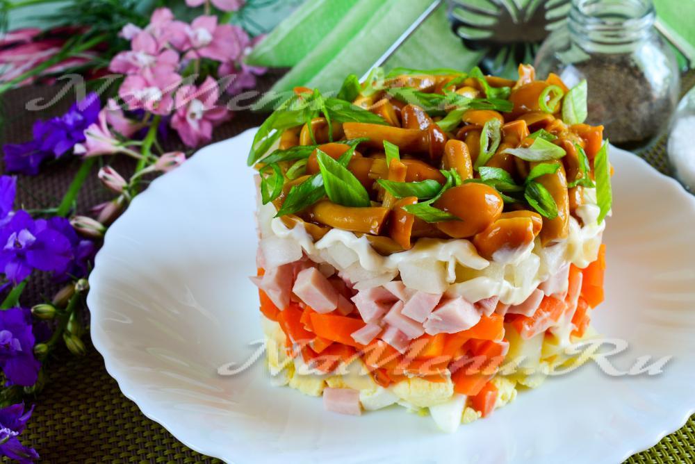Салат с опятами маринованными рецепт с фото пошагово