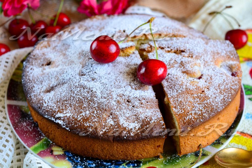 Пирог с вишней рецепт пошагово в духовке простой рецепт