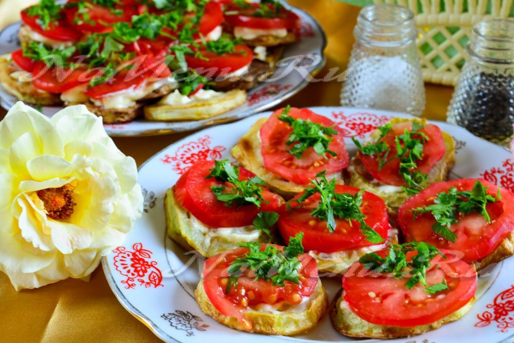 Жареный кабачок с чесноком и майонезом рецепт с фото пошагово