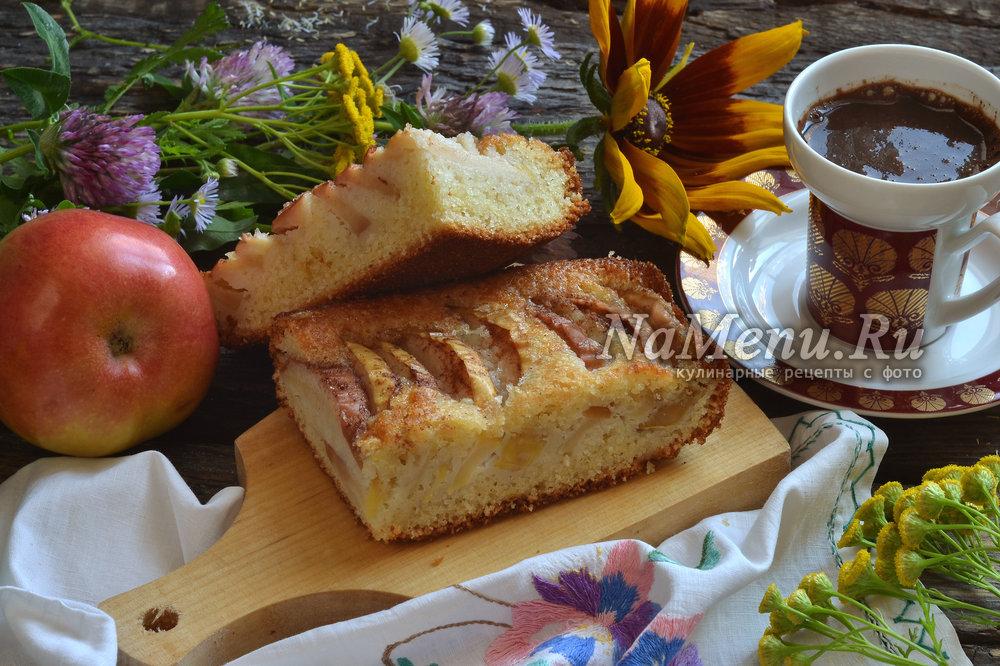 Шарлотка со сметаной и яблоками в духовке рецепт с пошагово