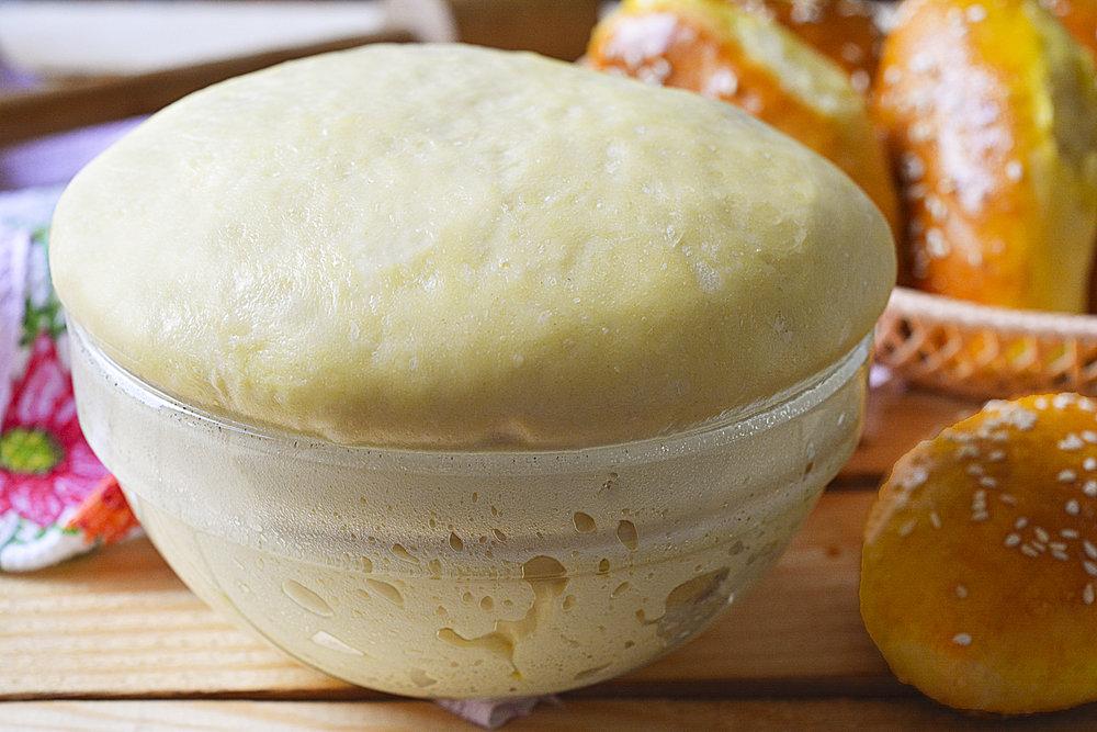 Как сделать тесто для пирожков без дрожжей с яйцами